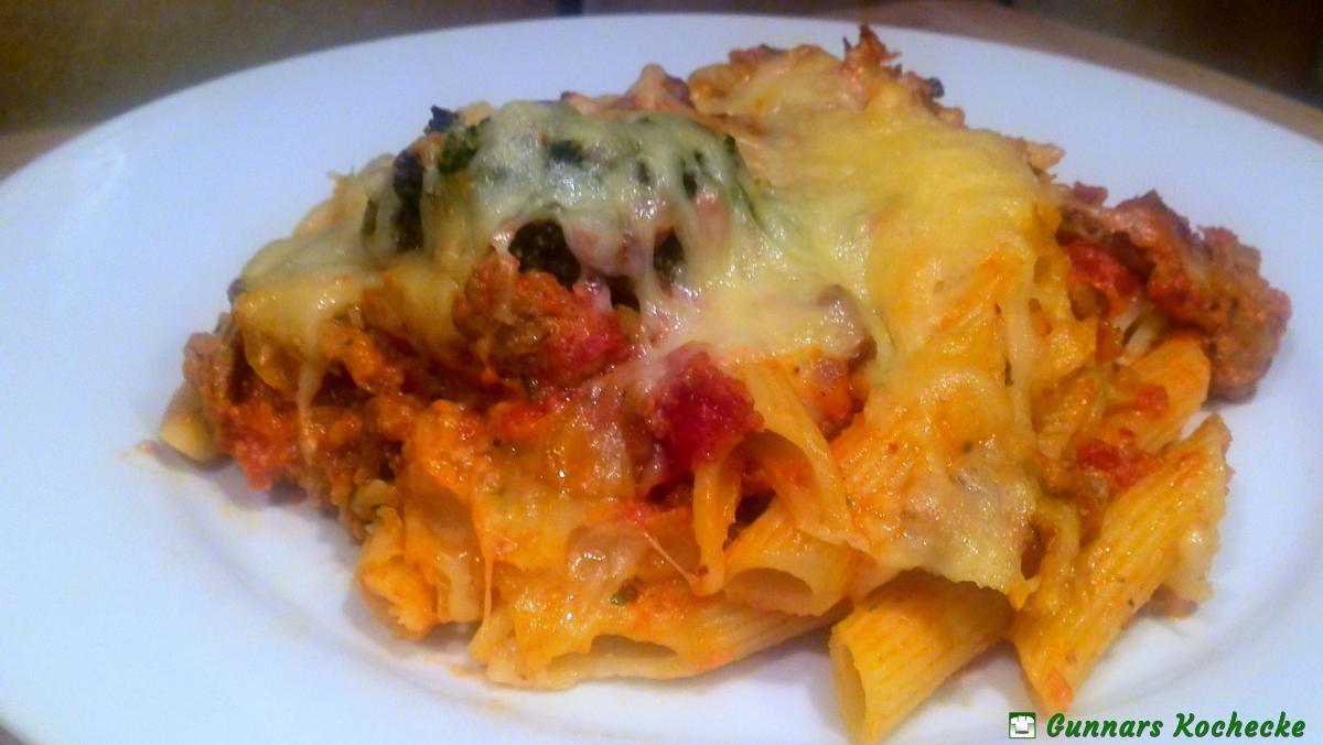 Nudelauflauf mit hackfleisch broccoli und tomaten sahne for Kochen italienisch