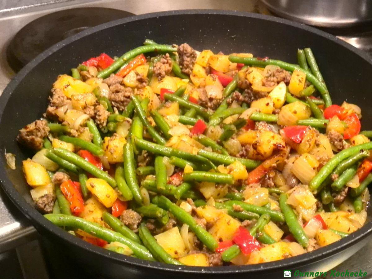 Rezept Kartoffel Hackfleisch grüne bohnen hackfleisch pfanne mit kartoffeln und paprika gunnars