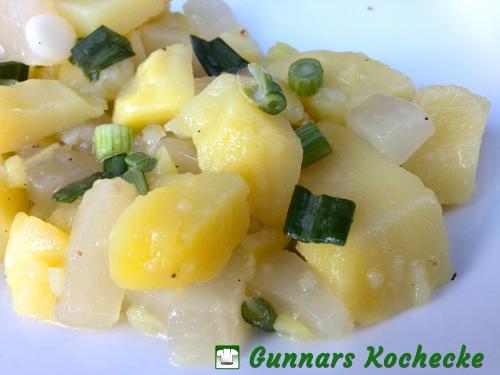 Kartoffelsalat mit Senfgurken