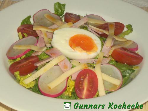 Chef Salad mit Ei und Schinken