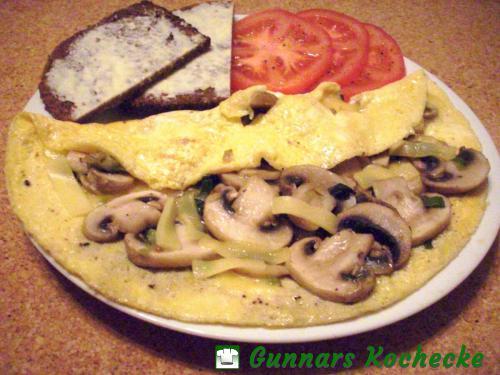 Omelette mit Champignons und Käse