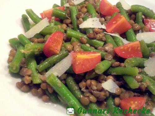 Linsensalat mit Brechbohnen und Tomaten