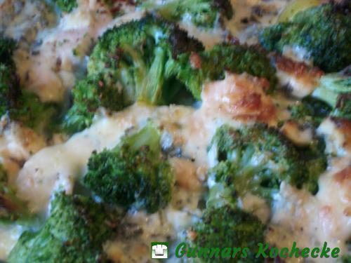 Broccoli-Kartoffel-Auflauf mit Hühnerbrust und Gorgonzola