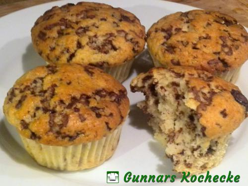 amaretto muffins mit schokost ckchen gunnars kochecke. Black Bedroom Furniture Sets. Home Design Ideas